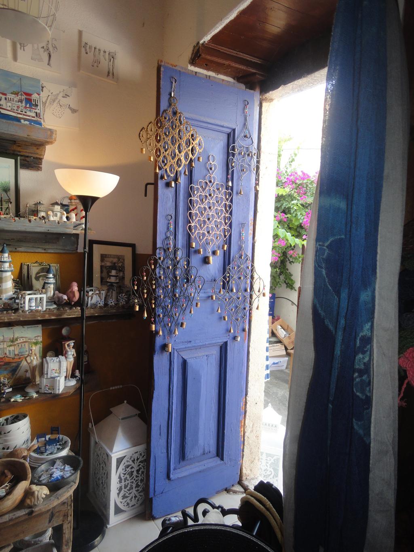 shop door1